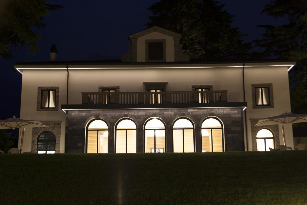 Seramenti villa Lario