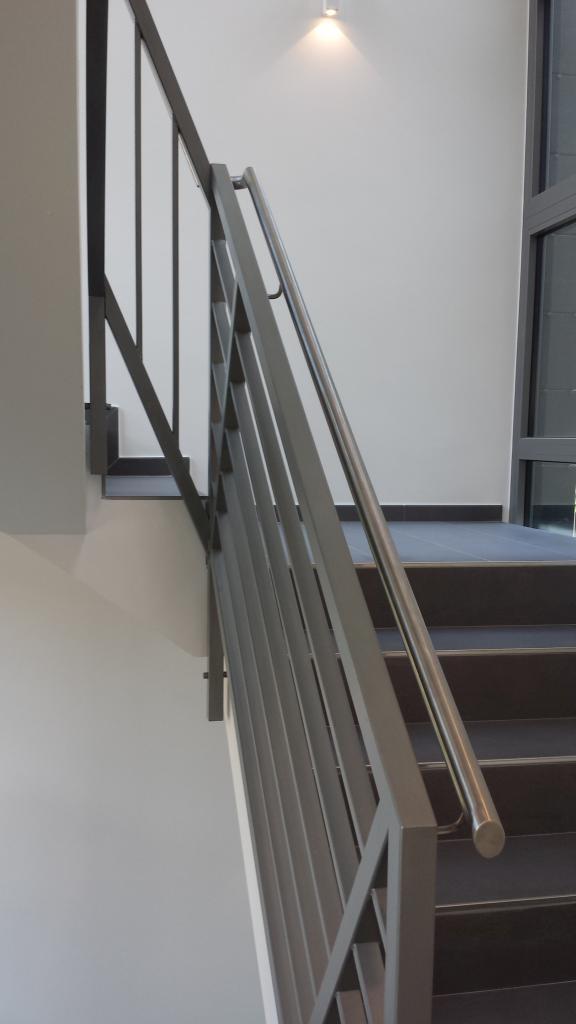 Parapetti per interno ed esterno moderni - Chiasso CH - Fasana 1904 Cernobbio