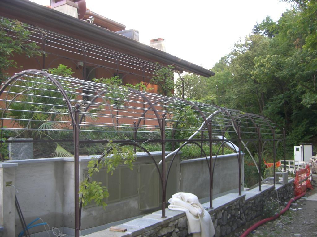 Pergolato in ferro verniciato - Fasana 1904 Cernobbio
